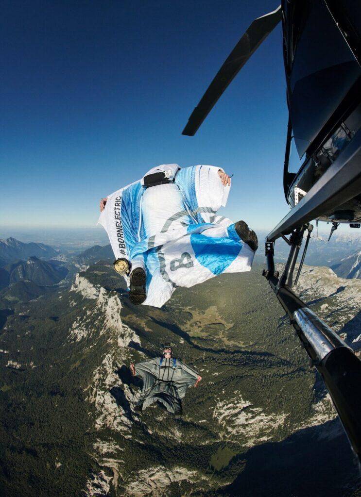 ¿A que te gustaría volar con un traje de alas eléctrico?